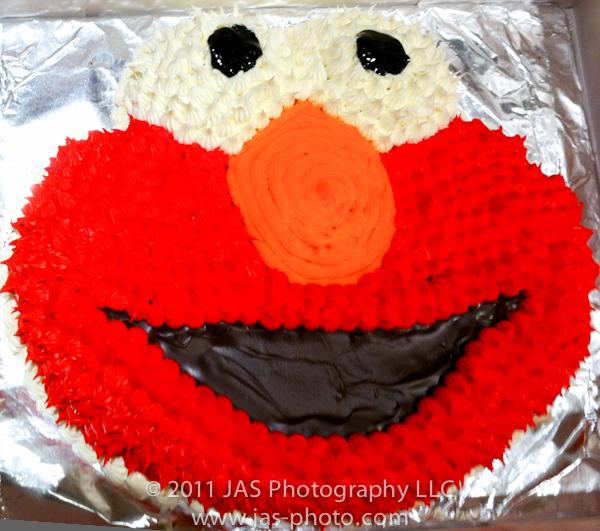 handmade elmo cake