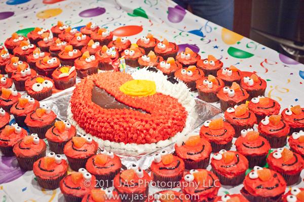 elmo cake and cupcakes for elmo party theme